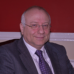 Dr Clive Morrison
